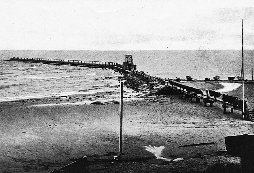 1903_640